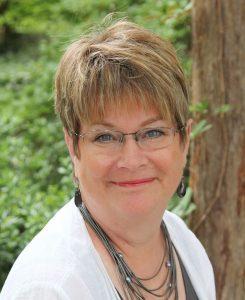 Dogwood Designs Owner Cathy Cuddington